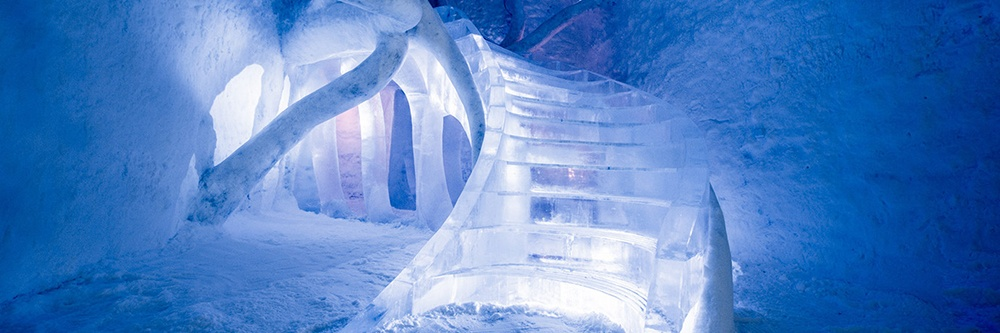 Icehotel-1-extreme-guest-experiences.jpg