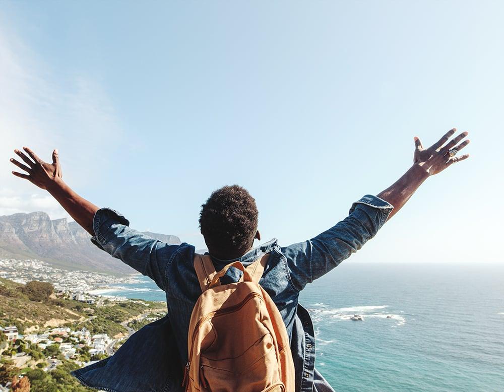 trend-digest-solo-travellers-GuestRevu