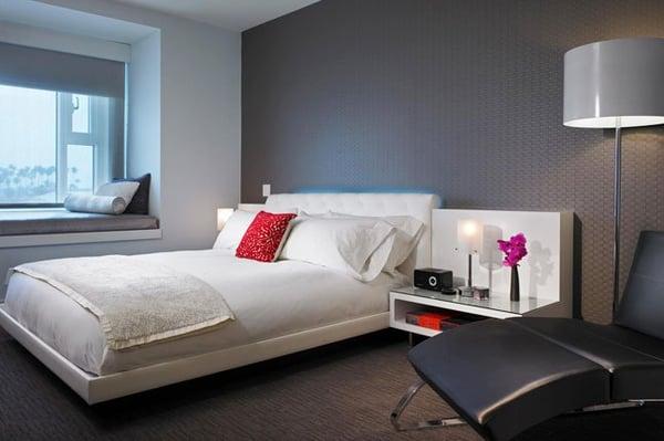 free-wheelin-hotel-room-example