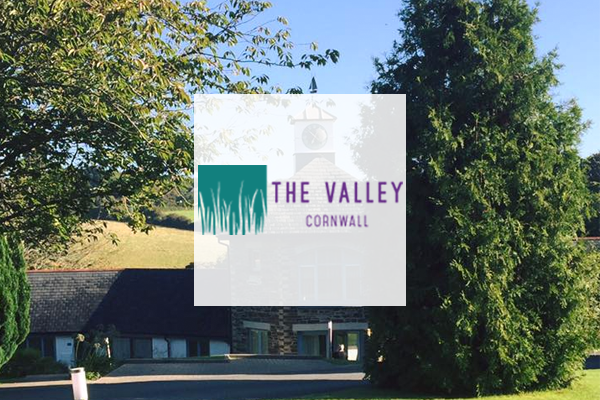 Boho-Valley-Cottages.png